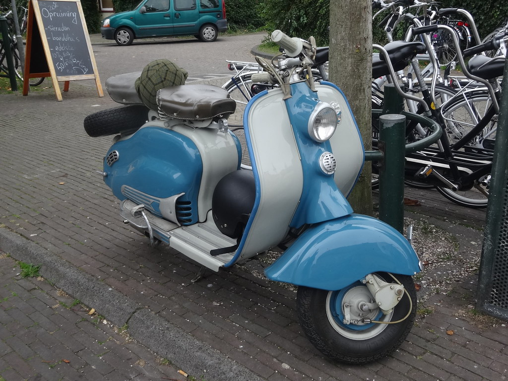 the world 39 s best photos of lambretta and ld flickr hive mind. Black Bedroom Furniture Sets. Home Design Ideas