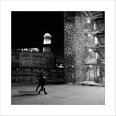 Night in Marseille / Nuit marseillaise #5 (Napafloma-Photographe) Tags: 2016 architecturebatimentsmonuments artetculture bandw bw bouchesdurhône bâtiments cielmétéo constructionsanciennes détailsarchitecturaux fr france fuji fujinéopanacros100 géographie marseille mucem métiersetpersonnages natureetpaysages personnes techniquephoto blackandwhite escalierescalatorascenseur fort fortsaintjean monochrome musée napaflomaphotographe noiretblanc noiretblancfrance nuit passant pellicules photographe photographie province