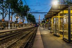 Station Javel (Laurent Kiruan) Tags: city light urban paris france station night train cityscape lumire sony rail bluehour nuit iledefrance ville rer urbain javel nex heurebleue nexf3