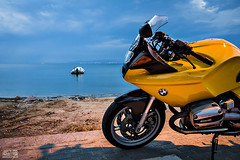 PAN_8584_BMW R1100S (Panagiotis Tsoutsas) Tags: sea sky yellow skyline greece macedonia bmw motorcycle boxer timeless r1100s makedonia