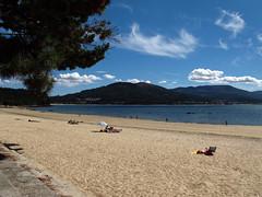 Playa de Broña (Rafa Gallegos) Tags: españa praia beach spain playa galicia acoruña spanishbeach playadebroña