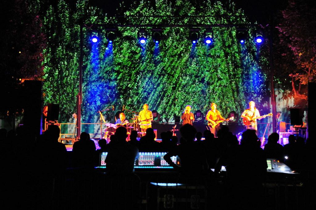 2011 07 16 - Concert Les Mauvaises Langues (17)