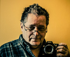 Mon Canon EOS D60 (maoby) Tags: camera history self canon eos autoportrait moi collection marc histoire maoby