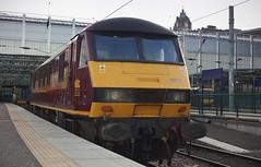 90028 Edinburgh 22/07/2014 (Flash_3939) Tags: uk electric train edinburgh july rail railway locomotive waverley dbs 2014 ews class90 90028 dbschenker