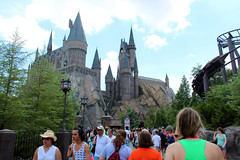 Universal Studios in Orlando (learr) Tags: trip vacation orlando alley dragon florida magic harry potter harrypotter universal kingscross studios universalstudios hogwarts robes wizards wands hogsmeade diagonalley hogsmead diagon gringots wizardingworld wizardingworldofharrypotter hogswartsexpress