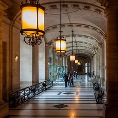 Tribunal de Grande Instance (JuliottC) Tags: edificio ciudad francia pars tribunaldegrandeinstance