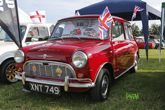 Internetional Mini Meeting 2014 Kent Showground (Maidstone) (SpeedyRS) Tags: pictures england france london classic church car saint ferry canon germany deutschland eos austria österreich frankreich cathedral belgium britain great kathedrale meeting mini international cooper oldtimer omer ef dover fähre calais maidstone pwm belgien f40 2014 imm 24105 miniclub 24105mm 70d minimeeting minilite racemini minitreffen miniclubrottenmann pwmpictures