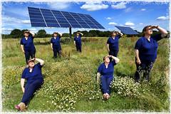 Caz 365 - Day #208 (cazphoto.co.uk) Tags: selfportrait me field multiplicity workshop solararray customborder heliophile gnpc selfie365 vivecakoh canoneos5dmkiii canon1740mmeff4lusm meettheclones 270714
