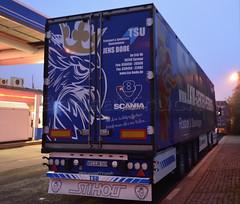 D - Jens Bode >LKW-Center Petersen< Scania R09 500 TL blueline (BonsaiTruck) Tags: blueline tl jens camion bode trucks airbrush scania petersen lorries lkw