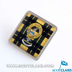 Barclay clan crest pin badge