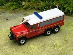 """Defender 6x6 """"BARRA"""" (g-lander) Tags: 6x6 fireengine ho landrover scalemodel scratchbuilt fireservice defender110 h0 carmichaels barraairport 187thscale"""