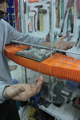 Building the mechanical arm from the motor to the sail (cesarharada.com) Tags: china orange tin hong kong step instructions kam 011 0111 optimiste protei scoubots