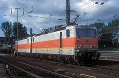 143 607 + 143 614  Karlsruhe  16.09.94 (w. + h. brutzer) Tags: analog train germany deutschland nikon dr eisenbahn railway zug trains db locomotive karlsruhe lokomotive 143 243 elok eisenbahnen eloks webru