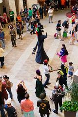 Hilton Crowds (sciencensorcery) Tags: cosplay dragoncon samuraijack dragoncon2014