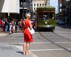 waiting (army.arch) Tags: nhl la louisiana trolley neworleans historic line streetcar stcharles historicpreservation nationalhistoriclandmark nationalregister nationalregisterofhistoricplaces nrhp