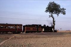 19870330_bild17_2kp_gourinathdam_fragezeichen (perezoso62) Tags: steam gauge narrow
