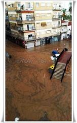 Rambla en Espinardo - Murcia - 1 (akel_lke ) Tags: espaa puente lluvia rachel spain agua europa europe foto raquel murcia tormenta elke mvil rakel rambla pisos espinardo desastre inundaciones desbordado murcianorte 22septiembre2014