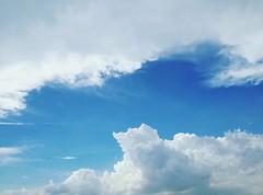 風和日麗 (refreshdodo) Tags: sky 雲 天空 晴天 藍天 烏日 台中市