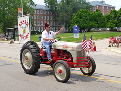Independence Day Parade 2015 (army.arch) Tags: tractor illinois parade il fourthofjuly urbana champaign independenceday shriner 2015