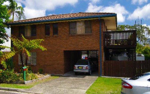 27 Hodgson Street, Crescent Head NSW 2440