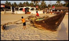 Goa : Bogmalo Beach (indianature13) Tags: goa india bogmalo beach indianature bogmallo sand sea ocean evening march 2017 goatourism woodboat fishingboat nature bogmalobeach bogmallobeach goabeach goaholiday