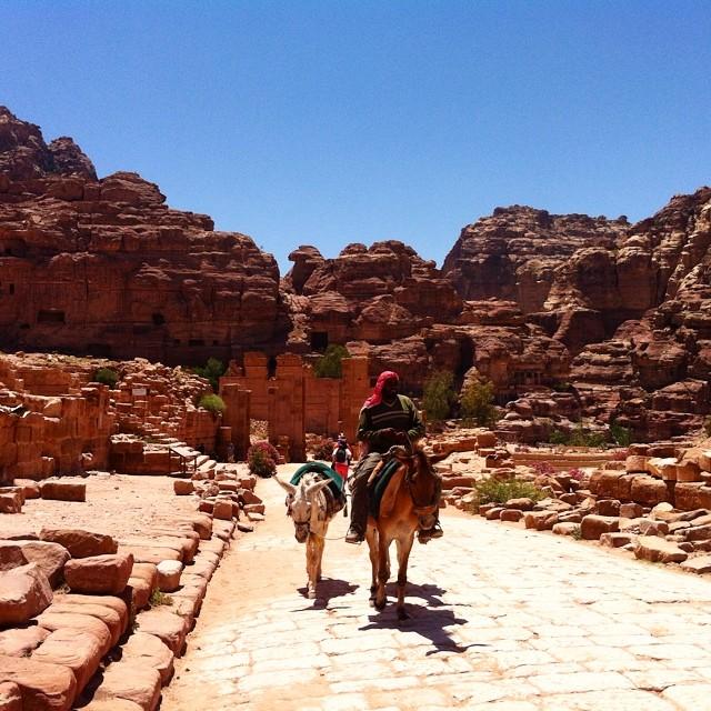 Petra. La via romana.