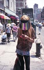 (David Chee) Tags: street nyc newyork film analog zeiss canal chinatown fuji superia contax 400 carl fujifilm visor t2 sonnar