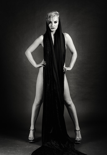 ELOISE: Victoria Scarlet