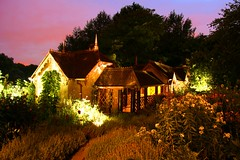 Duck Island Cottage at night (Patrizia Ilaria Sechi) Tags: nightphotography flowers trees house london nature beautiful bravo colorful cottage stjamespark royalparks magical historicallocations duckislandcottage dimlightphotography londonsparks londonmymuse dreamylocations fairytalesettings