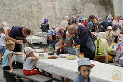 56. Обед в паломнической трапезной