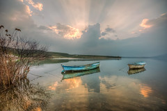 Lake sunset (Nejdet Duzen) Tags: trip travel sunset lake reflection turkey boat cloudy trkiye sandal gnbatm gl yansma turkei seyahat manisa bulutlu salihli glmarmara golmarmaralake