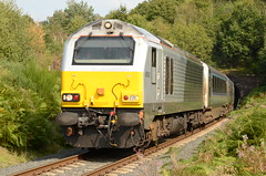The Silver King (Simon Crowther Photography) Tags: silver king br diesel chiltern svr class67