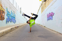 Air kick (BlueShadowGirl) Tags: street graffiti dance strada break kick danza air hiphop hip hop breakdance poses moves passi posizioni