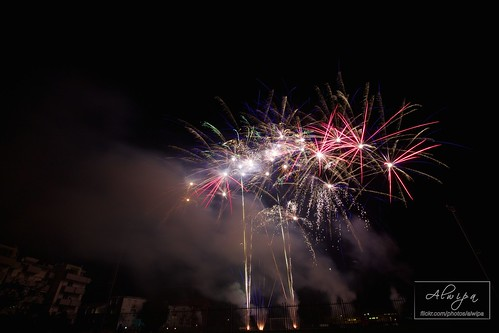 """Fireworks • <a style=""""font-size:0.8em;"""" href=""""http://www.flickr.com/photos/104879414@N07/15253682781/"""" target=""""_blank"""">View on Flickr</a>"""