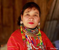 0S1A1387 (Steve Daggar) Tags: thailand chiangmai culture portrait costume longneck karinlongneck hilltribe candid