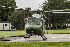 Beacon Barracks (Dan Kemsley) Tags: hot canon army air iso helicopter corps middle barracks beacon 100400mm refuel stafford wallop 50d mk7