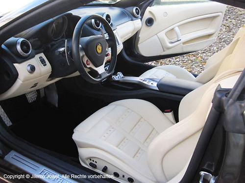 Ferrari California F1 / Magnet.Stoßdämfper / 20 zoll / Daytona