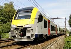 NMBS Electric trainset N 08130. (Franky De Witte - Ferroequinologist) Tags: de eisenbahn railway estrada chemin fer spoorwegen ferrocarril ferro ferrovia
