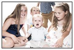 The joys of a family portrait... (MDG534621) Tags: family portrait kids nikon hikey sb800 d90
