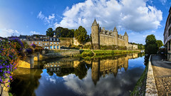 Château des Rohan, Josselin (F) (Panoramyx) Tags: panorama france castle frankreich brittany frança bretagne breizh panoramica schloss francia castello morbihan château castillo hdr castell bretaña bretagna josselin slott bretainia bretanya