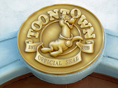 Toontown in Disneyland (GMLSKIS) Tags: disneyland disney amusementpark california toontown anaheim