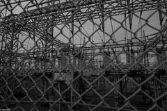 confusion (elmar35) Tags: street leica bw art monochrome japan tokyo blackwhite cosina wideangle sap 25mm m9 skopar