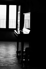 Reflection on piano ([Blackriver Productions]) Tags: abstract reflection castle composition blackwhite reflex solitude peace vacuum piano minimal calabria