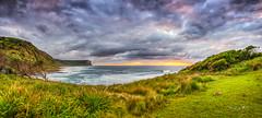 Garie-Beach (Young Ko) Tags: cloud beach garie suerise