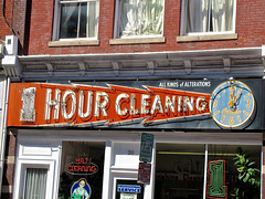 One Hour Cleaning, Roanoke, VA (Robby Virus) Tags: clock sign one virginia neon cleaners dry cleaning laundry roanoke hour signage alterations