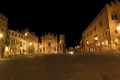 Mantova - Piazza Sordello (M-Gianca) Tags: piazza notte mantova luci night