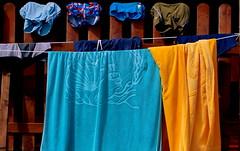 tutti al mare ... (Rino Alessandrini) Tags: mare stagione vacanze colori asciugamani stoffa costume bagno asciugare stendere sea holiday season color cloth towels dry swimsuit draw