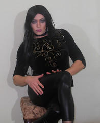 Why so serious! (queen.catch) Tags: catch queen makeup sissy trans shemale transvestite crossdresser drag serious leggings black