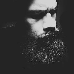 (Daniel Iván) Tags: danielivan danieliván selfportrait selfportraits self autoretrato autoretratos blancoynegro blackwhitephotography blackwhite blackwhitephoto blackandwhite blackwhitephotos lowlight silhouette silueta siluetas retrato portrait portraits
