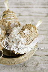 OvetteShabby_04w (Morgana209) Tags: ovetti uova decorazione shabby easter pasqua riciclo cartadapacco sacchettodelpane fiorellini perline fattoamano handmade diy creatività riciclocreativo recupero